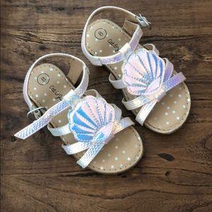 Cat &Jack Shell sandals size 8 🐚